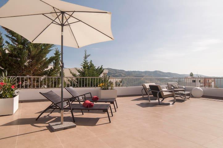 5-Stars Marbella Penthouse w/ View