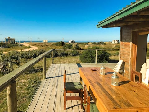Vista al mar con gran parrillero y terrazas