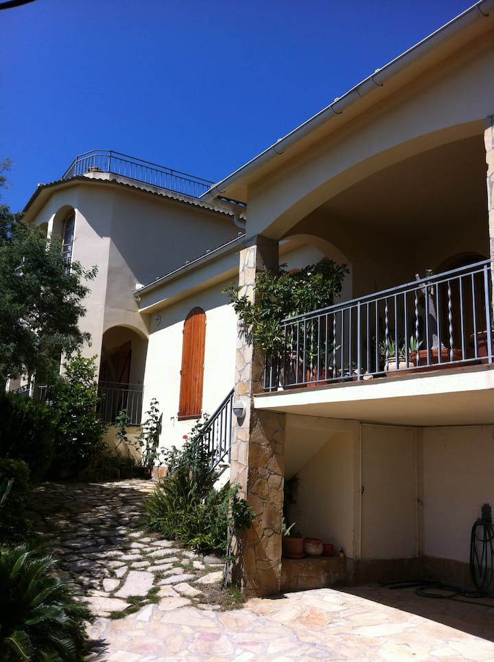 Casa Riccardo Feriendomicil mit Blick aufs Meer
