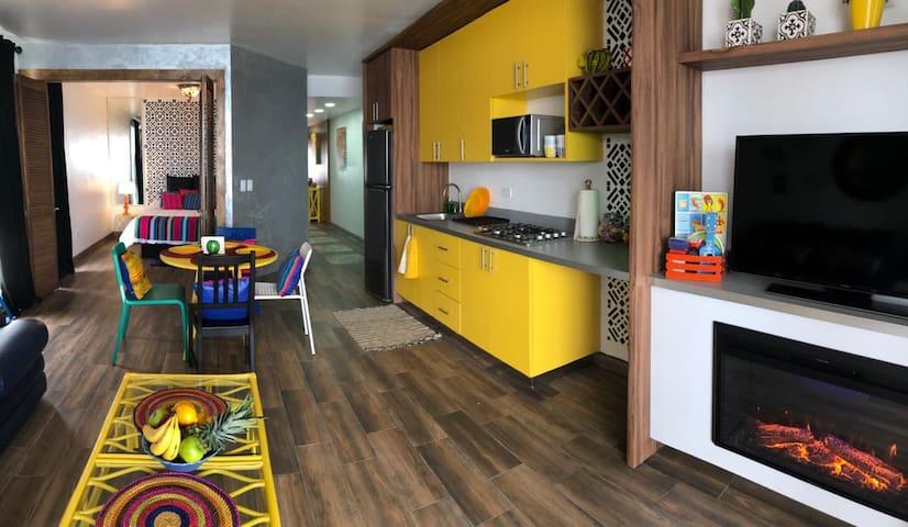 Villa Amarilla - Best Summer Experience!!