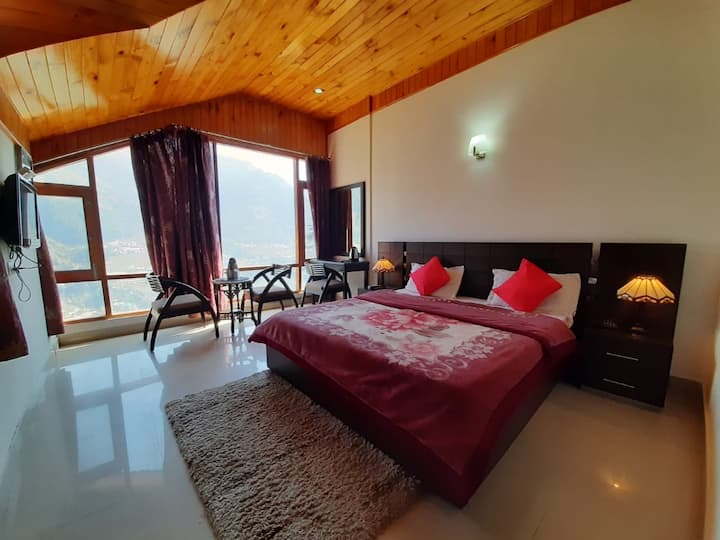 Private Room @ Peaceful location, Manali