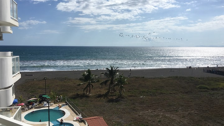 Playa La Barqueta , Las Olas Towers Ocean Front