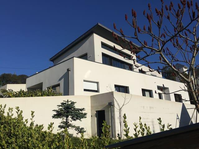 Maison contemporaine à 1.5 km de la cathédrale - Quimper