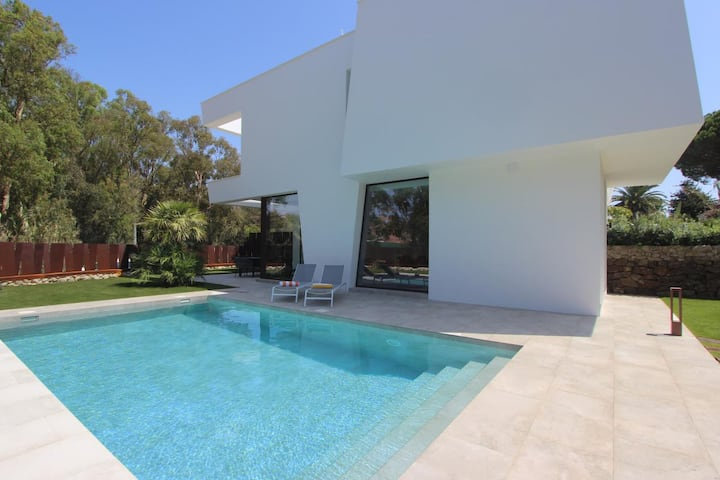 Casa Holbox - Beautiful super modern holiday home with private pool and garden close to the beach