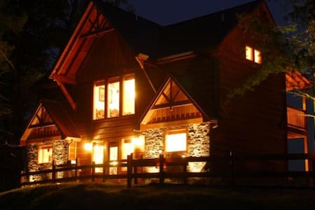 Make Me An Offer!  At The Luxury Parkside Resort - Pigeon Forge - Stuga