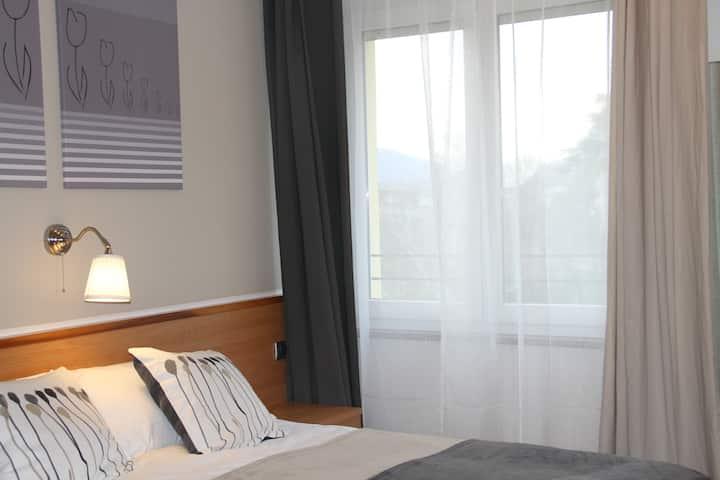 Vignola Rooms 102