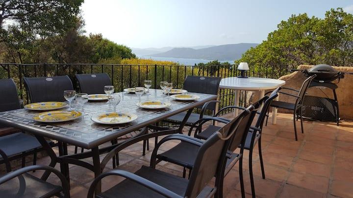 Villa de caractère avec vue sur mer à Propriano
