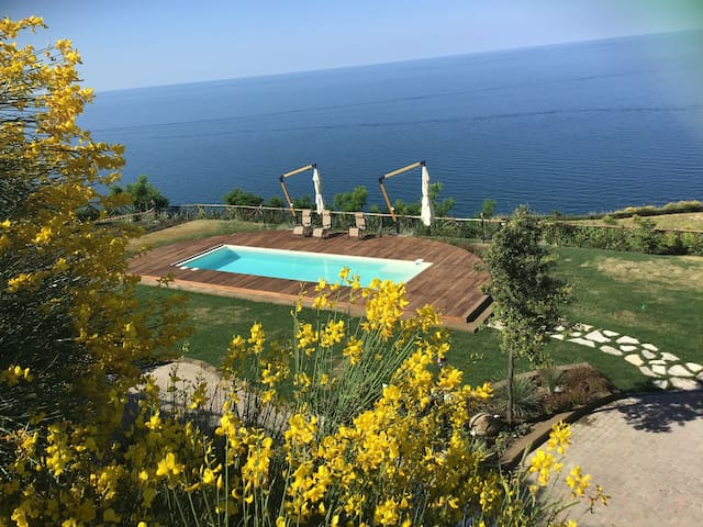 Exclusive villa on the Adriatic sea