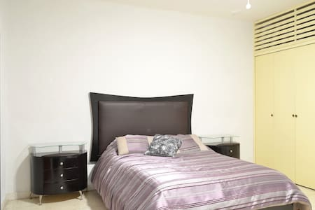 Cozy double bedroom private bathroom in best area - Zapopan