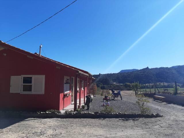 Casa Serrana com vista para o Vale do Rio Canoas