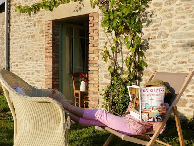 Gîte de charme près de golfe du Morbihan - Plumergat - House
