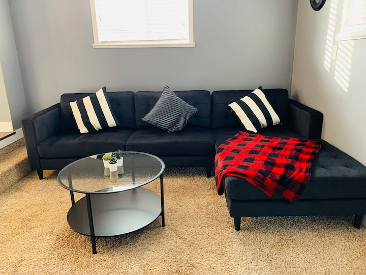Cozy place to stay in White Rock BC 3 bedroom
