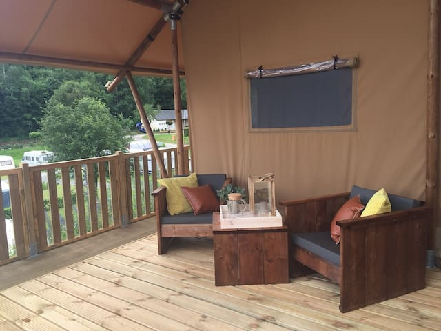 SAFARI TENT GLAMPING LODGE 5P