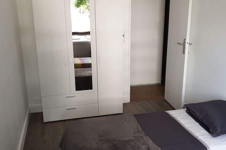 Chambre privée à Massy #2