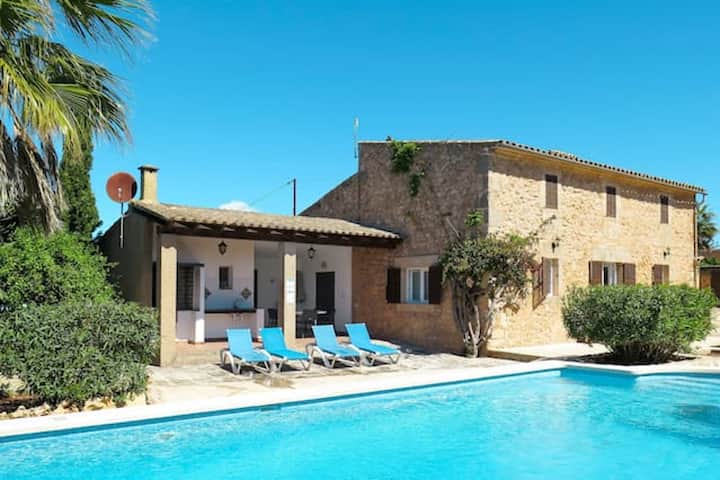 Villa with 4 bedrooms in Cas Concos des Cavaller, with private pool and WiFi