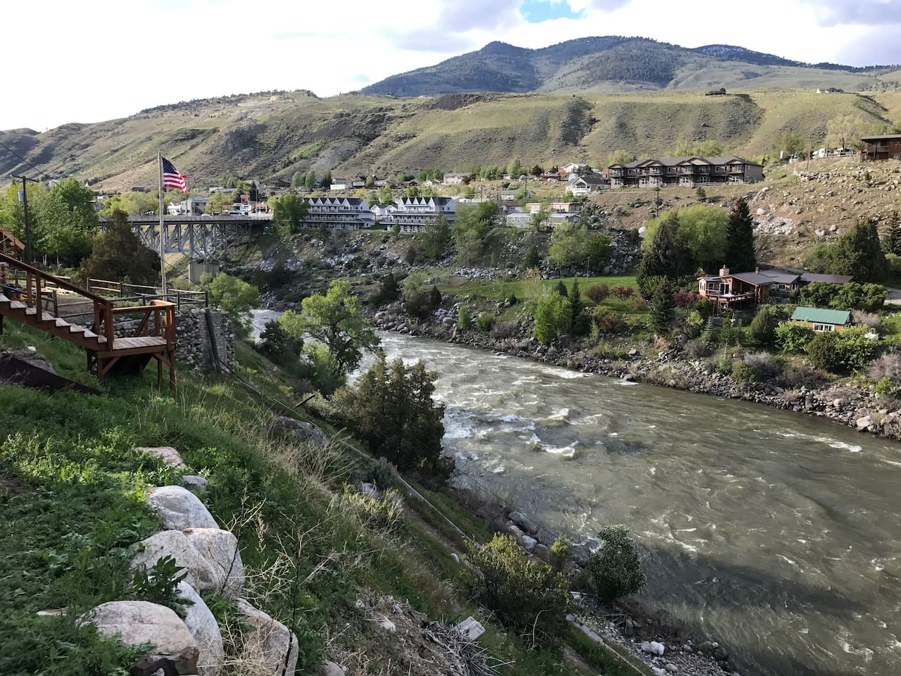Beautiful views, private river access and located just around the corner from Yellowstone's North Gate makes this cozy Rental a great place to relax and enjoy Montana and YNP.  This view of The Yellowstone River is from the railing of the rental.