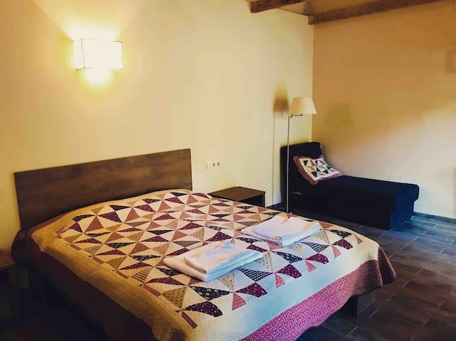 Sno House (Double Room) in Kazbeg