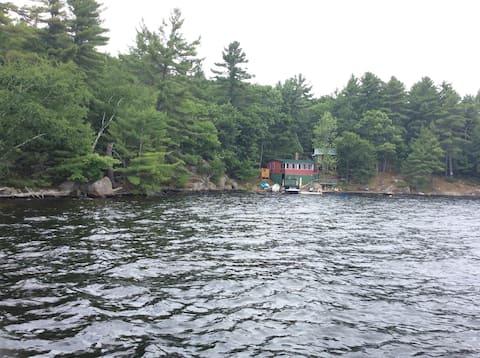 Island cottage on Lake Muskoka