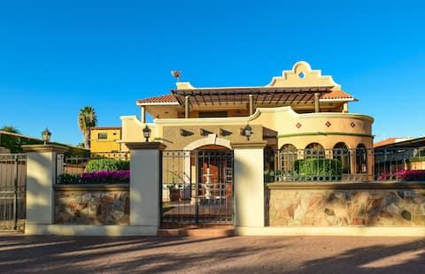 Villa Luna Resort Style Home in Loreto Town Center