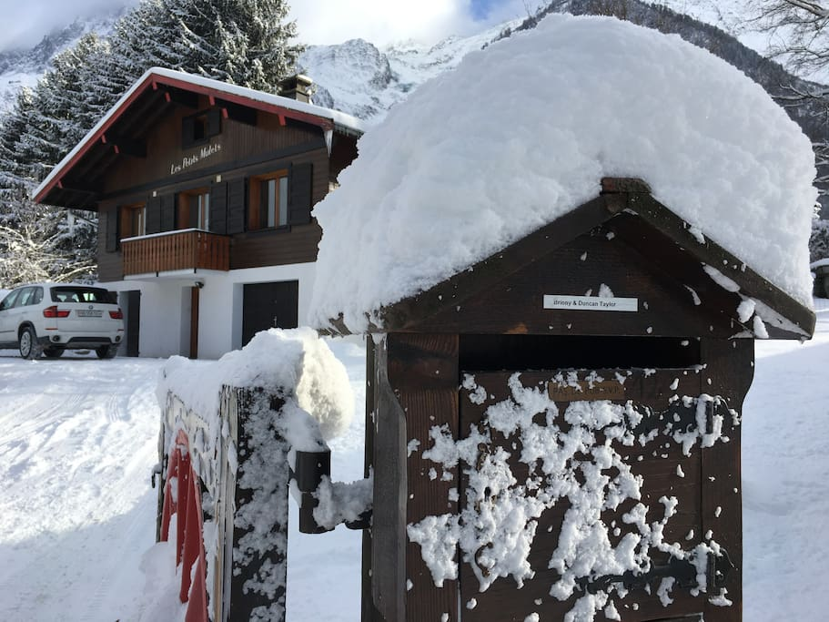 The Chalet Les Petits Mulets in Winter.