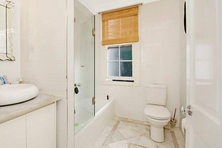 *** Private Room, Bondi Junction*** - Bondi Junction - House