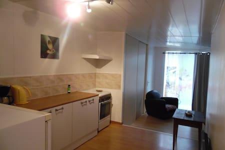 bel appartement de vacances - Forcalqueiret - Lejlighed