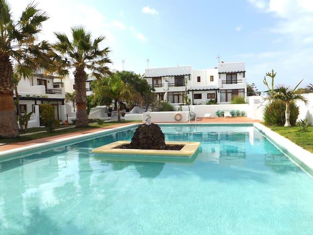 Peaceful Duplex & Pool