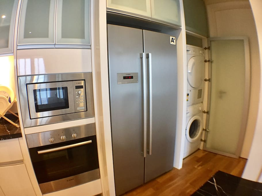 Quality (BOSCH)fridge,oven,microwave,washing machine and a dryer is  available in this unit!