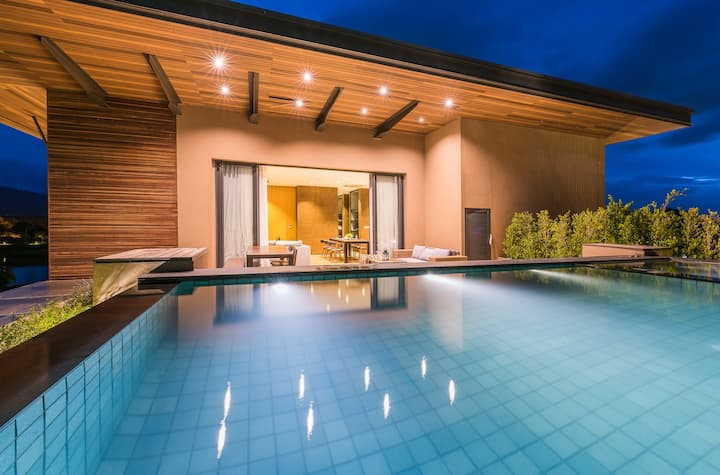 Khao Yai Penthouse with Rooftop Pool