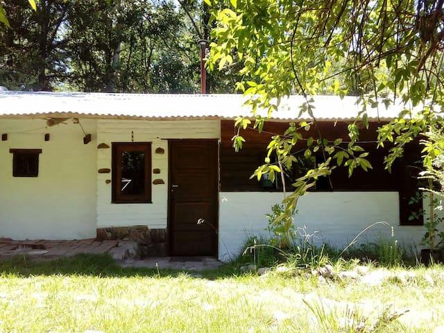 Cabaña Rústica en los Bosques del Peñón