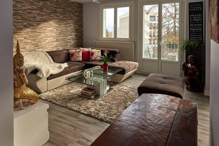 Canapé-lit, bel emplacement