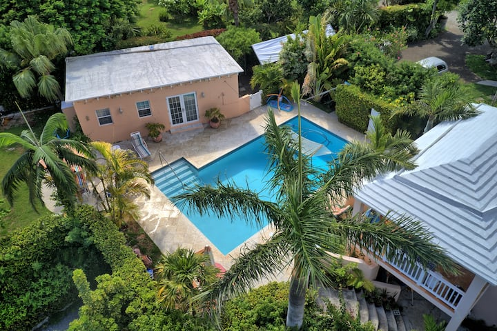 Natalia Pool Cottage