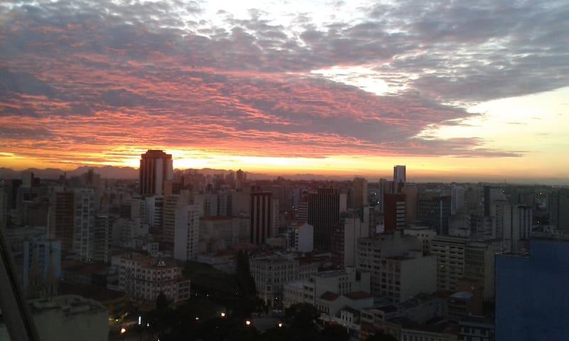 Apartamento com bela vista - Curitiba - Flat