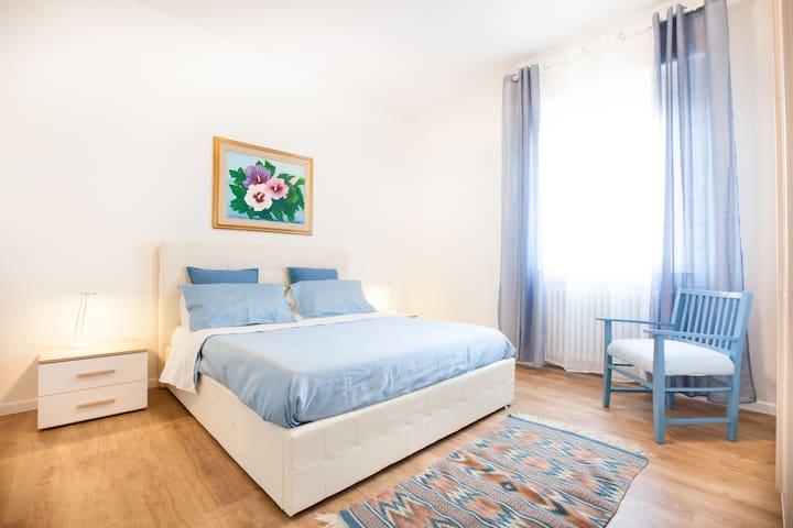RESIDENZA TULIPANI: free wi-fi & Verona center - Verona - Apartamento