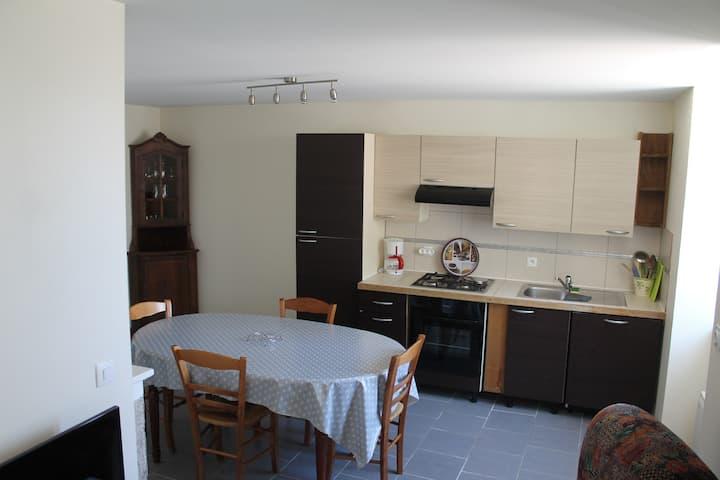 """ARLAY, Jura, Logement entier- """"Chez LILI"""""""
