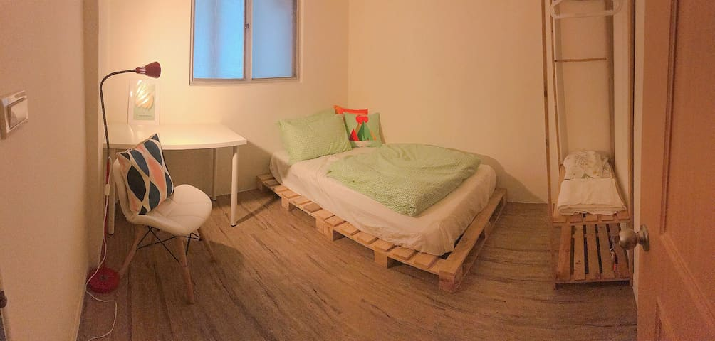 Brand new renovated bedroom in a shared flat