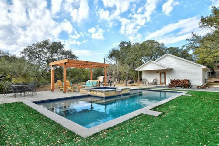 Casita Bella Casa in the Hill Country