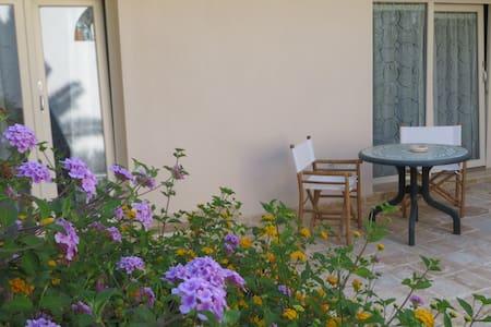 Camera tripla con vista giardino - Campomarino