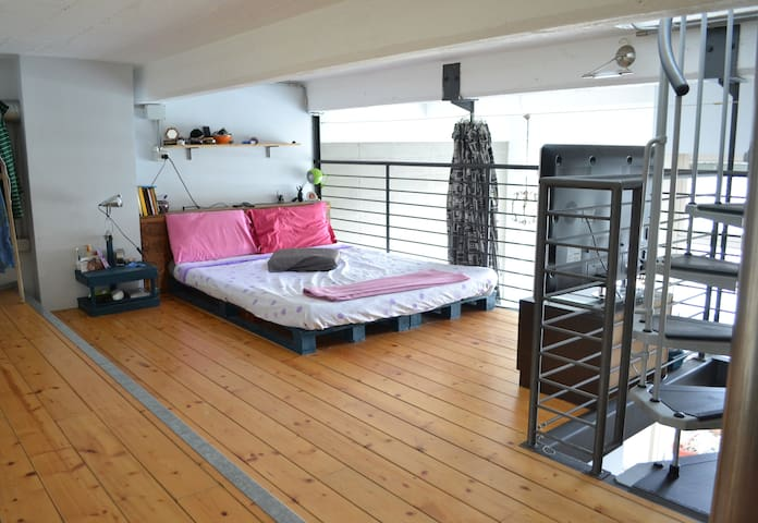 Loft open space con terrazzo panoramico - Torino - Loft