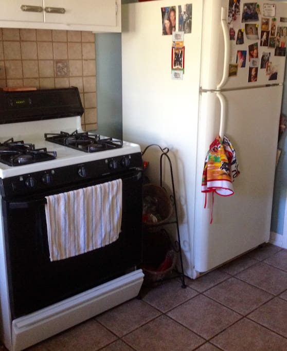 Gas Stove/Oven and Refrigerator...