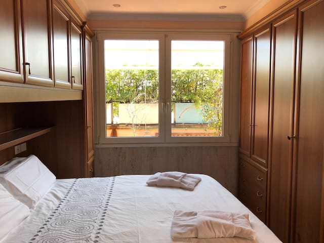 Double Bed room with the view to the terrace