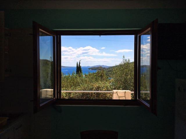 Apartment for 4 people; Explore Dugi otok :)