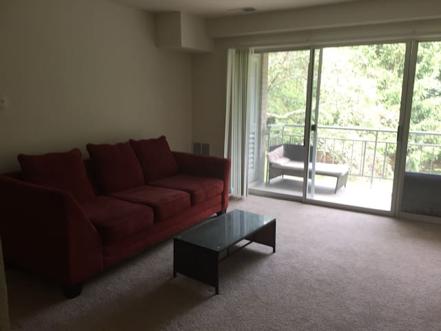 Private space in Falls Church A