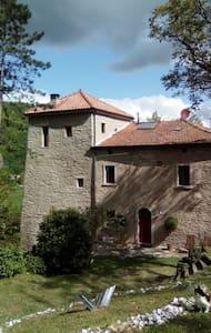 La Casa-torre - Casola Valsenio