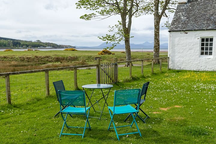 The Thistle Room in Clachan Manse B&B, APPLECROSS