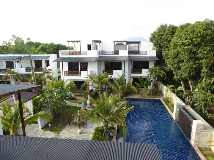 The Oasis Garden Villa 2 BR - 60 Sqm by VIP