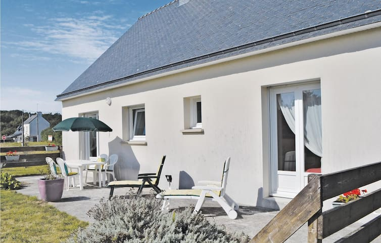 Holiday cottage with 3 bedrooms on 90m² in Clohars Carnoet