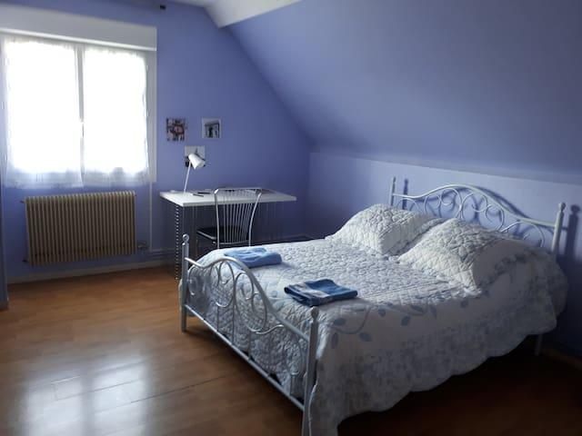 Maison chaleureuse et calme