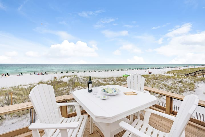 Luxury Private Beachfront Home 4BR/3BA