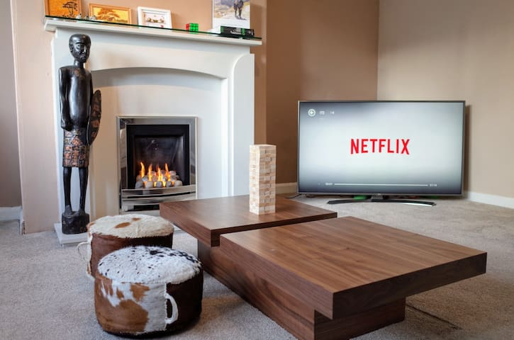 Guests are welcome to watch TV or use table games